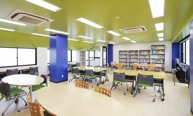 东京芝浦外语学院